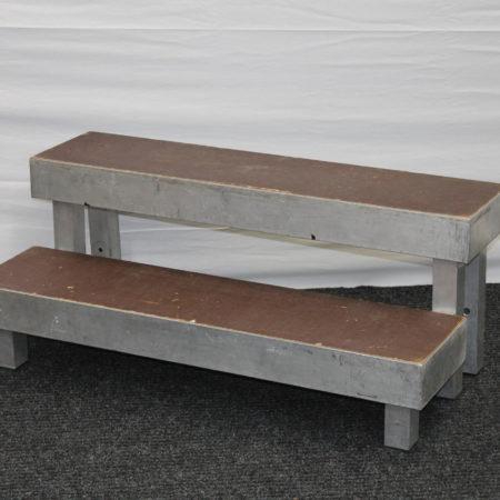 Podiumtrap 20 –  40 cm