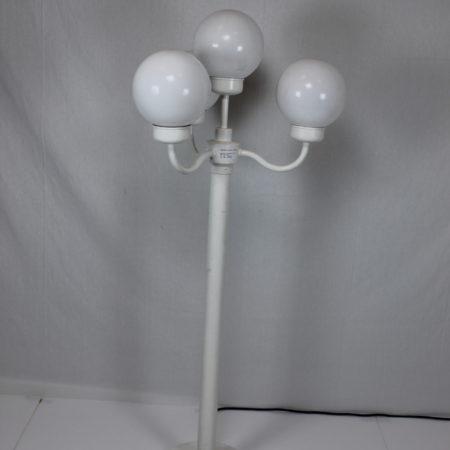 Lantaarn 150 cm hoog 4 bollen wit