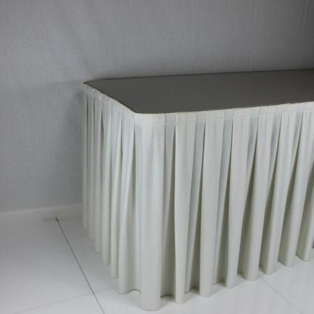 Tafelrok gebroken wit 4 meter lang 70 cm hoog