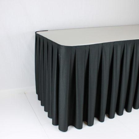 Tafelrok zwart 4 meter lang 70 cm hoog